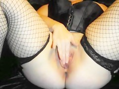 horny girl play with pussy